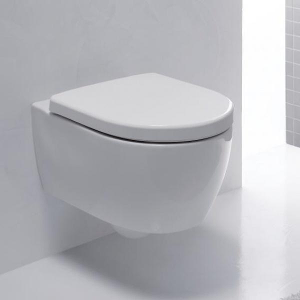 Geberit iCon fali WC mélyöblítésű, rövidített kivitel, zárt forma, Rimfree (204070000)